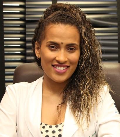 Stefani-Rocha-Dr-Lucas-Penchel